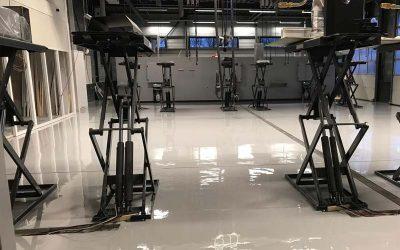 4 voordelen van een slijtvaste vloer in de automotive industrie