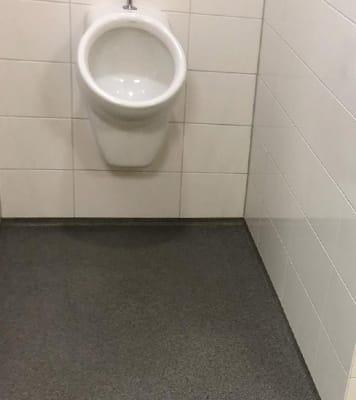 antislipvloer toiletruimte