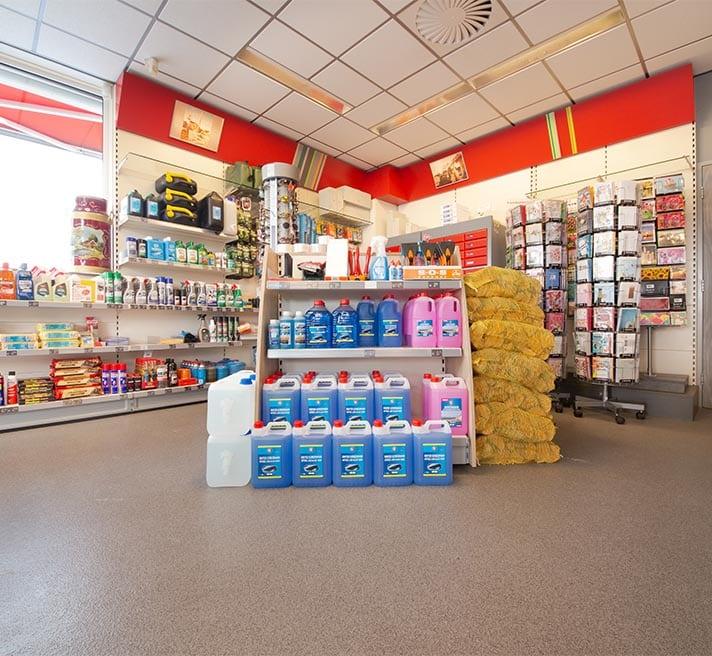 Winkel bij tankstation