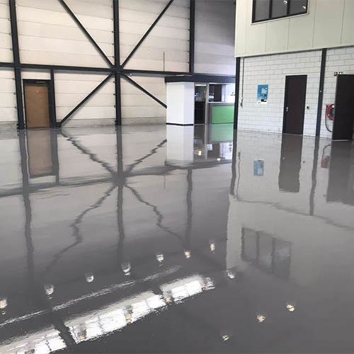 Self-leveling floor for companies