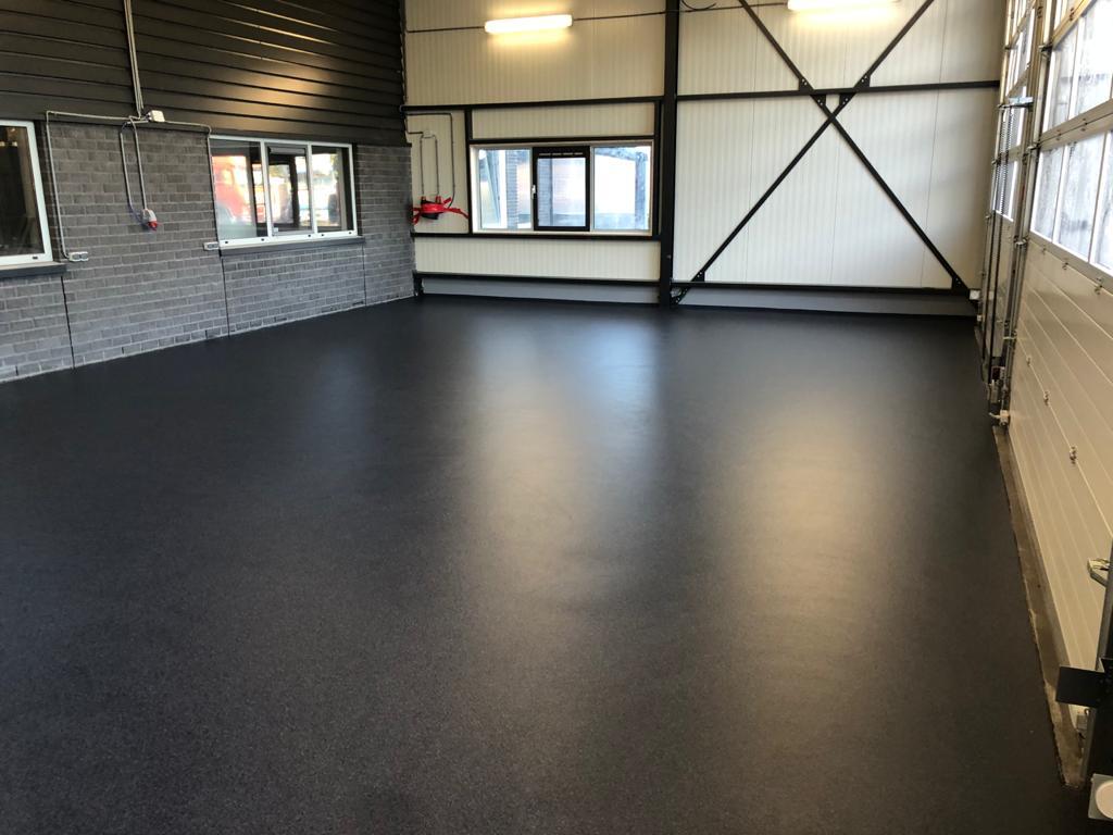 Trowel floor